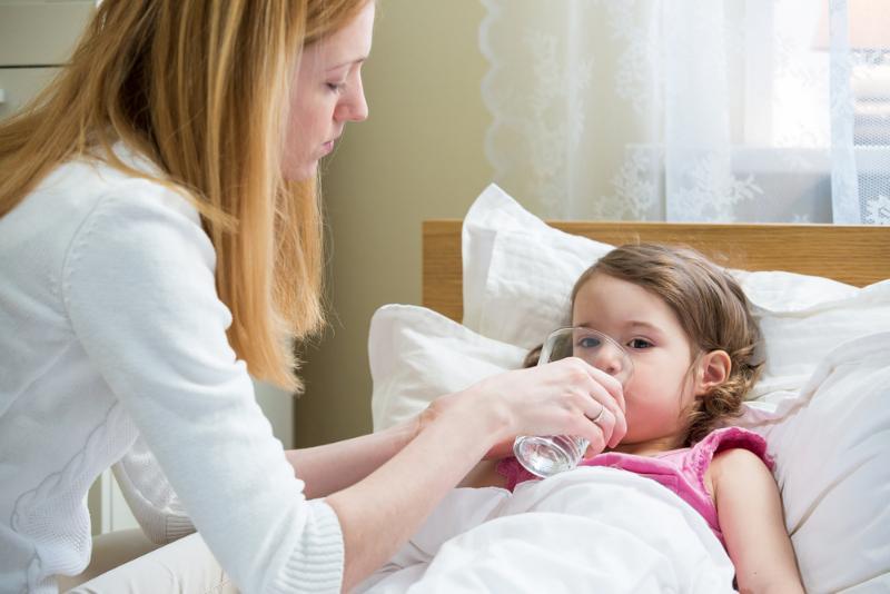 Опыт старших. Чем поить внуков когда они болеют вирусными инфекциями
